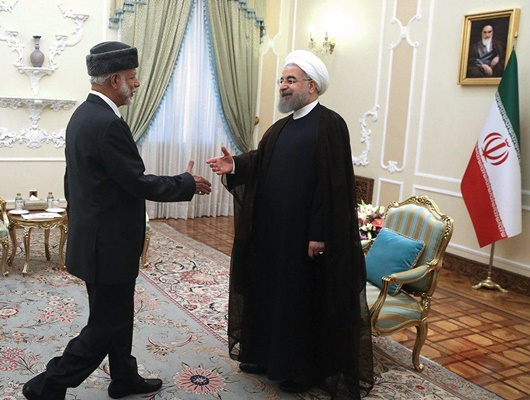 Oman Top Diplomat Holds Talks with Iran President, FM