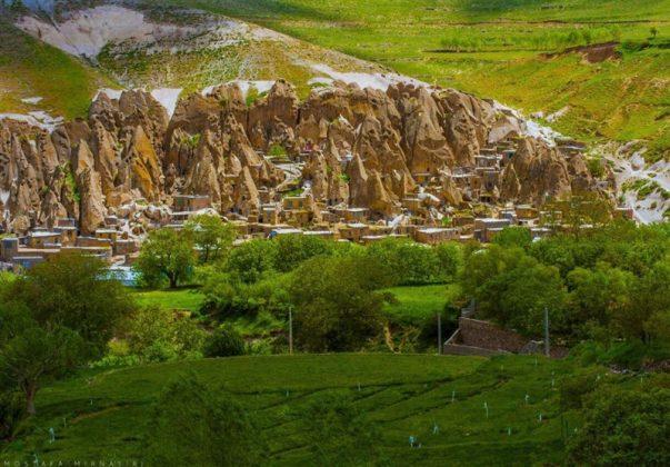 """قرية """"كندوان"""" تحفة منحوتة بين الصخور 1"""