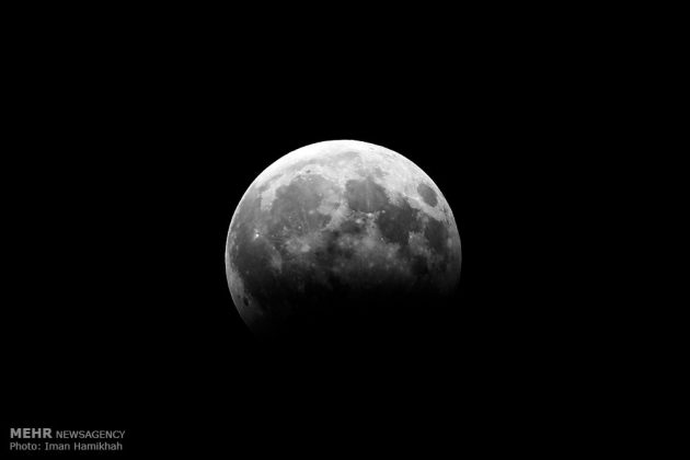 ظاهرة خسوف القمر في ايران11