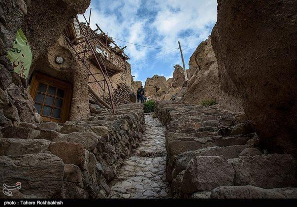 """قرية """"كندوان"""" تحفة منحوتة بين الصخور 13"""