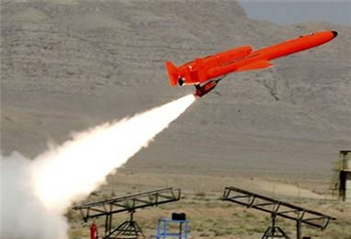 ايران تدشن كتيبة للطائرات المسيرة