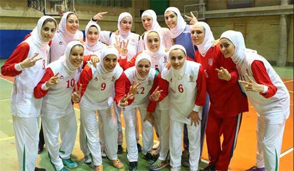 الاتحاد الدولي لكرة السلة يوافق على مشاركة الايرانيات بالحجاب