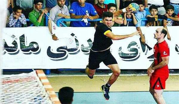 لاعب إيراني أفضل هداف كأس أندية العالم لكرة اليد