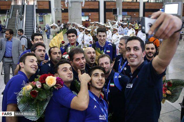 عودة منتخب ناشئة ايران بعد تتويجه ببطولة العالم للكرة الطائرة18