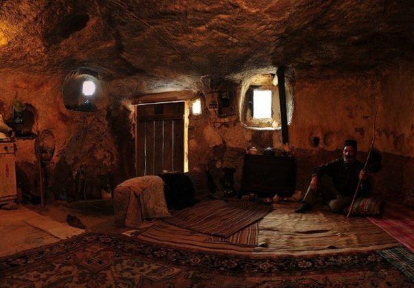 """قرية """"كندوان"""" تحفة منحوتة بين الصخور 3"""