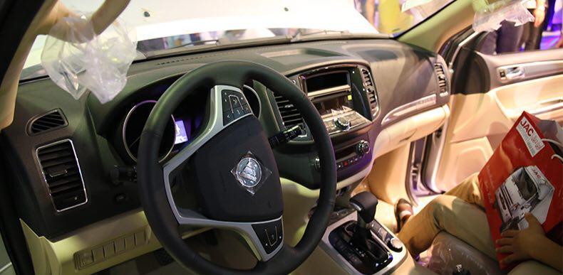 """سيارة """" فوتون سافانا """" الصينية تدخل الاسواق الايرانية 5"""