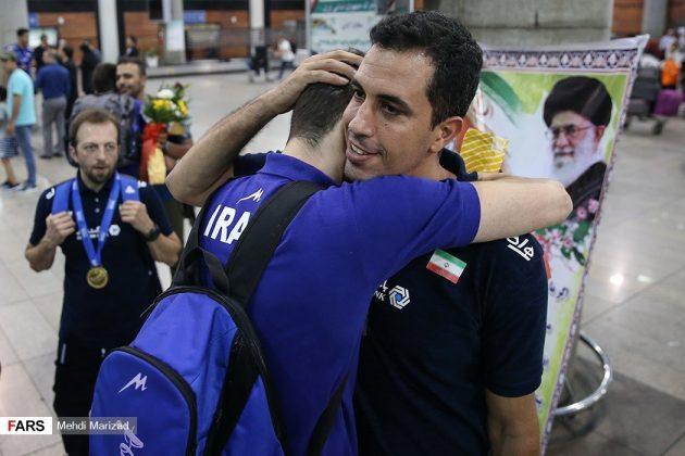 عودة منتخب ناشئة ايران بعد تتويجه ببطولة العالم للكرة الطائرة5