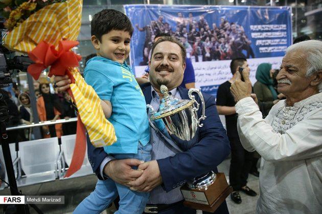 عودة منتخب ناشئة ايران بعد تتويجه ببطولة العالم للكرة الطائرة7