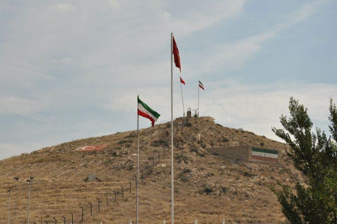 تركيا شرعت ببناء جدارا على الحدود مع إيران