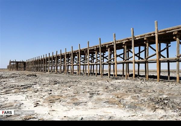 جفاف بحيرة ارومية 10