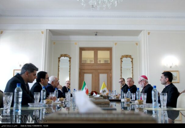 Iran, Vatican City Discuss Plight of Rohingya Muslims in Myanmar11