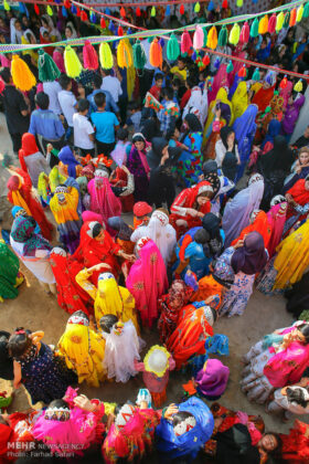 Symphony of Colours in Iran's Local Wedding Ceremonies11