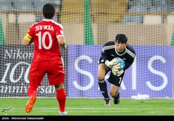 لقاء منتخبي إيران وسوريا لكرة القدم12