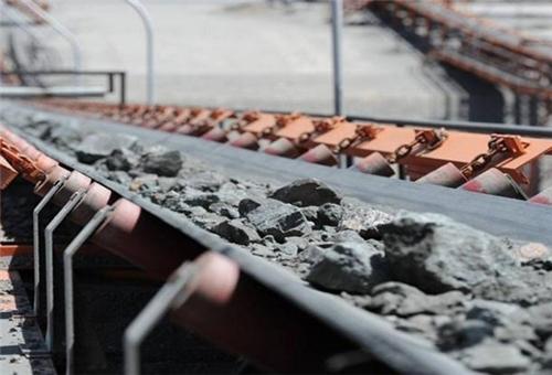 يزد الايرانية.. اكتشاف أضخم منجم لخام الحديد