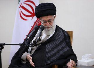 القائد الخامنئي .. لا للتمييز بين الايرانين من جميع المذاهب