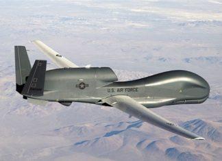 """ايران .. الدفاع الجوي يوجّه تحذيرا لطائرة """"RQ4"""" اميركية"""