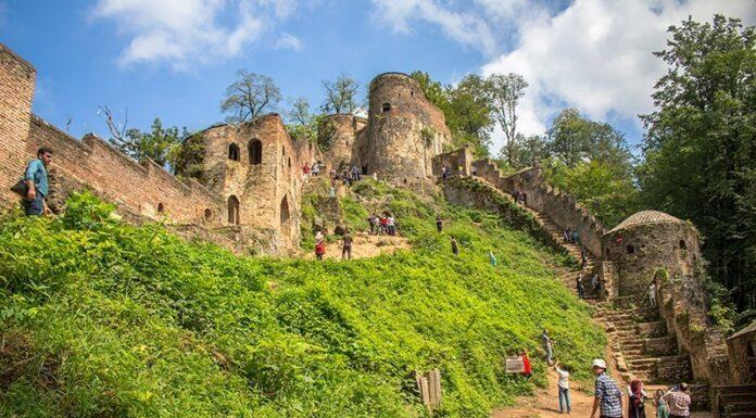 Iran's Beauties in Photos: Enchanting Rudkhan Castle14