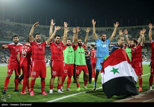 لقاء منتخبي إيران وسوريا لكرة القدم15