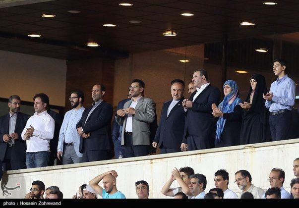 لقاء منتخبي إيران وسوريا لكرة القدم16