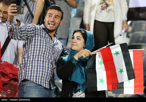 لقاء منتخبي إيران وسوريا لكرة القدم18