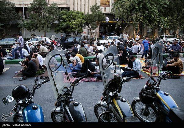 مراسم دعاء يوم عرفة في طهران 19