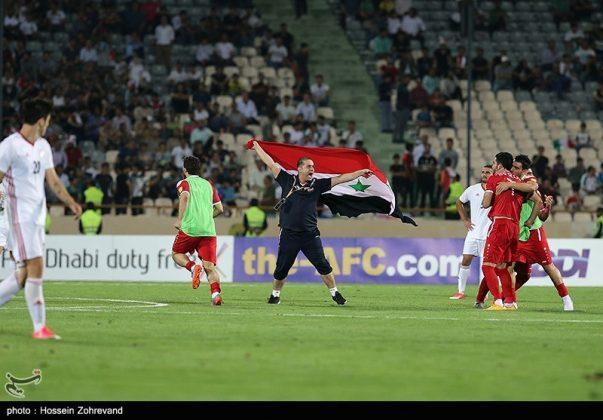لقاء منتخبي إيران وسوريا لكرة القدم21