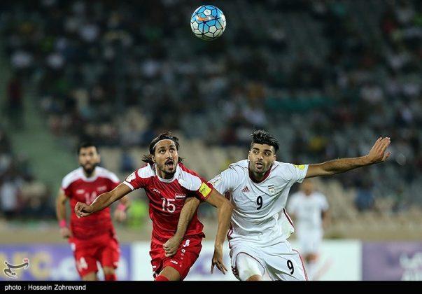 لقاء منتخبي إيران وسوريا لكرة القدم22