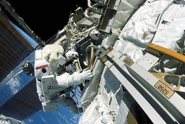 ايران تنوي ارسال انسان آلي الى الفضاء الخارجي