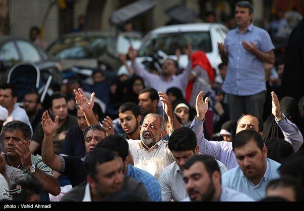 مراسم دعاء يوم عرفة في طهران 25