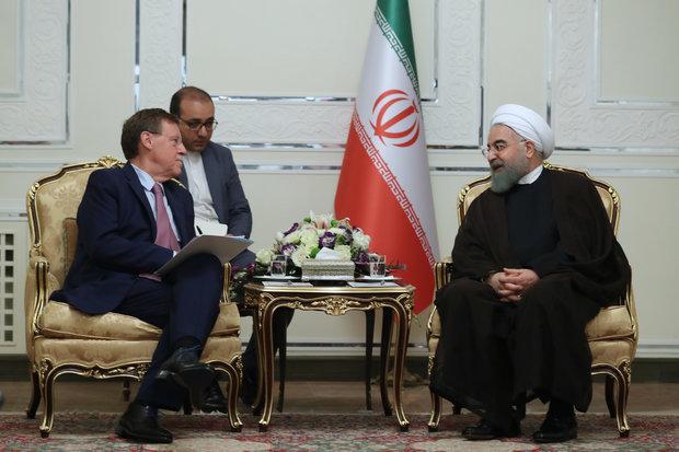 روحاني يطالب الاوربيين بتوجيه رسالة حازمة لامريكا بشأن الاتفاق النووي