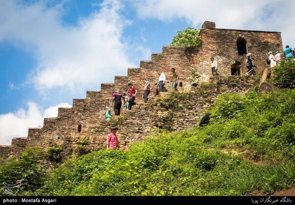 Iran's Beauties in Photos: Enchanting Rudkhan Castle4