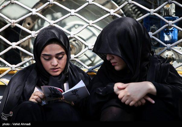 مراسم دعاء يوم عرفة في طهران 5