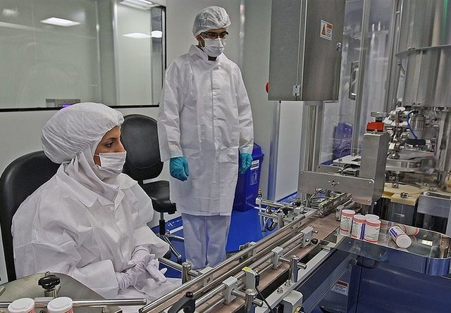 تدشین خط إنتاج لأدویة نانویة مضادة للسرطان في إيران