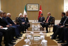 Iranian, Turkish Presidents Hold Talks in Astana