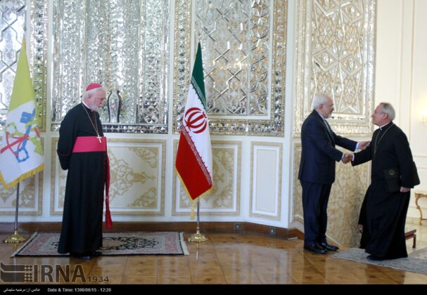 Iran, Vatican City Discuss Plight of Rohingya Muslims in Myanmar6