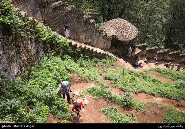 Iran's Beauties in Photos: Enchanting Rudkhan Castle7