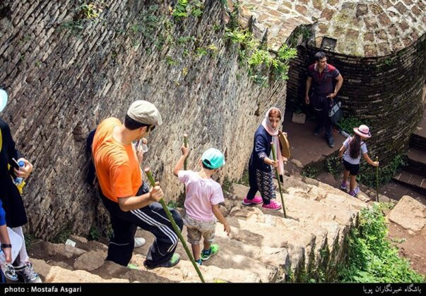 Iran's Beauties in Photos: Enchanting Rudkhan Castle8