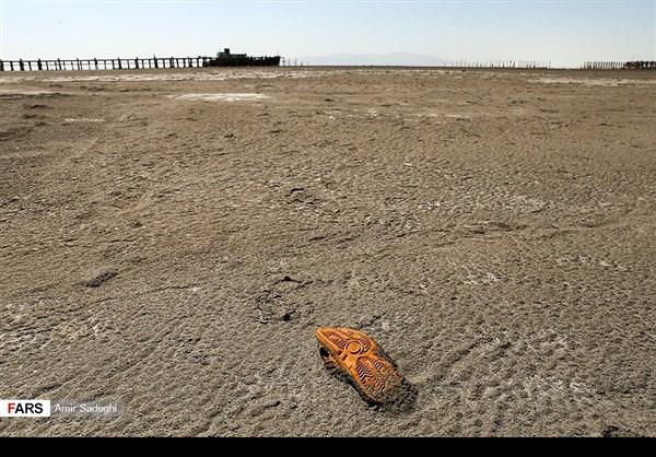 جفاف بحيرة ارومية 9
