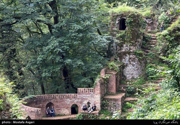 Iran's Beauties in Photos: Enchanting Rudkhan Castle9