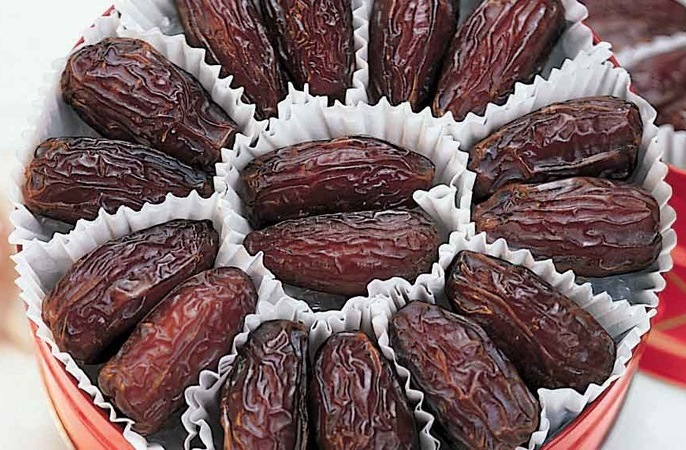 Iran Inks Deal to Boost Date Exports via Oman