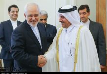 ظريف.. نرفض أي ضغوط وتهديد ضد قطر