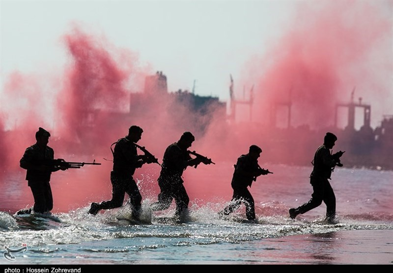 تدريبات مغاوير بحرية الجيش الايراني1