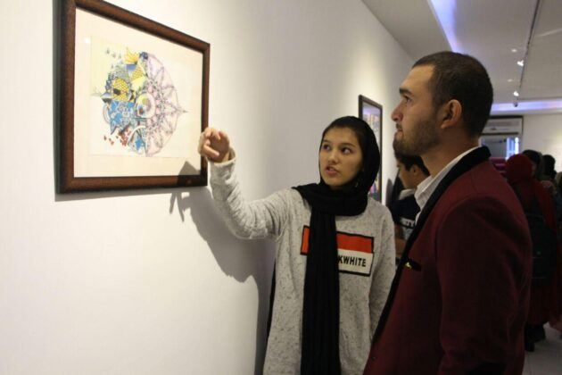 3 Afghan Sisters Exhibiting Surreal Artworks in Tehran10
