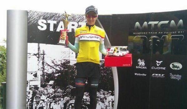 ايرانية تحرز المركز الاول بسباق تايلند للدراجات الهوائية