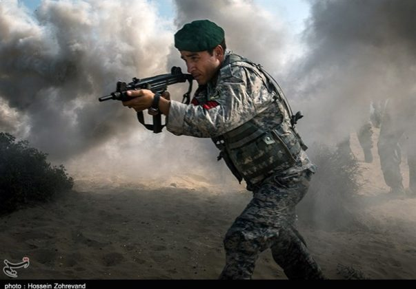 تدريبات مغاوير بحرية الجيش الايراني14