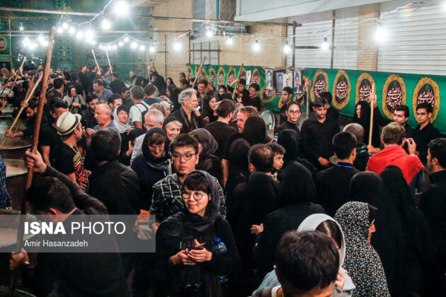Iran Holds Special Tour of Mourning Ceremonies for Foreigners18