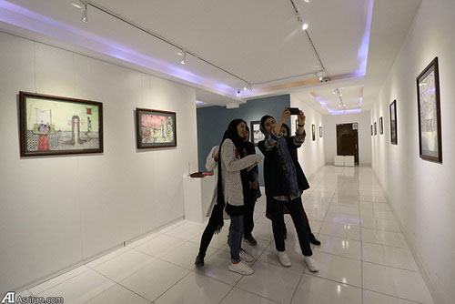 3 Afghan Sisters Exhibiting Surreal Artworks in Tehran2