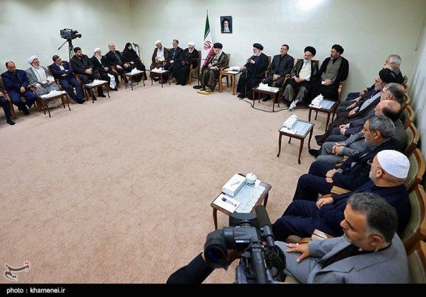 القائد الخامنئي يستقبل مسؤولي الحج في ايران2