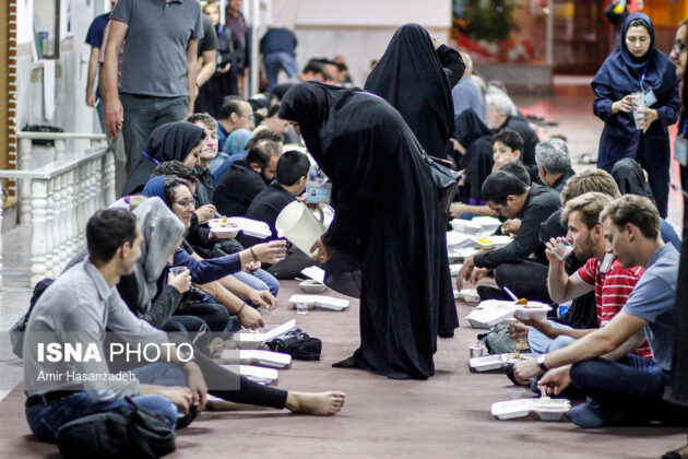 Iran Holds Special Tour of Mourning Ceremonies for Foreigners20