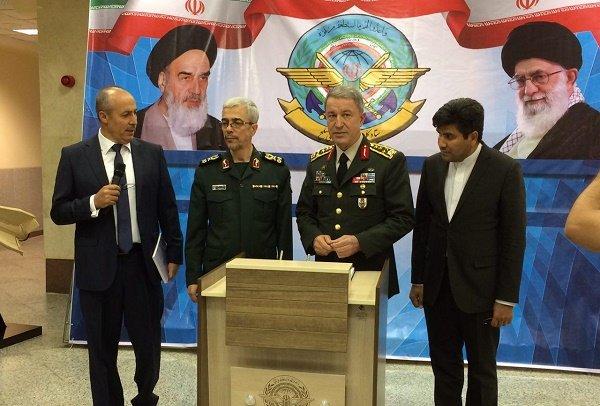 عسكري ايراني ..رفع مستوى التعاون العسكري بين إيران وتركيا